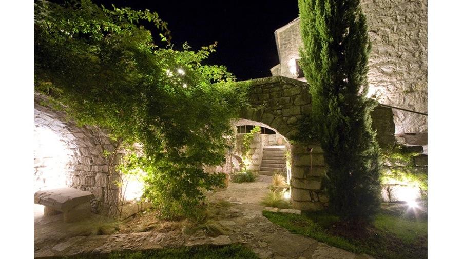 Maison d'hote en Ardeche-nocturne-jy arrivetz architecte